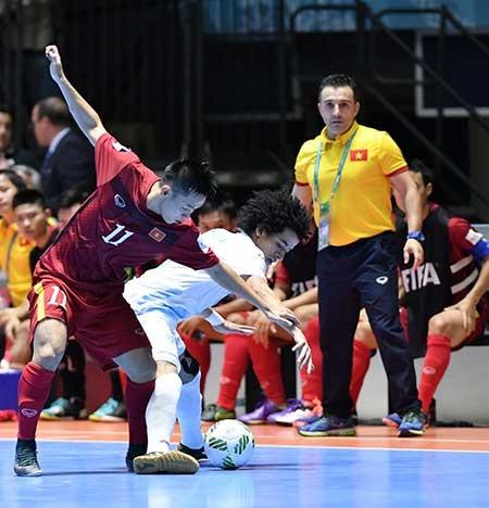 Futsal World Cup, Việt Nam - Paraguay: HLV Paraguay cảnh báo đội tuyển Việt Nam - ảnh 1