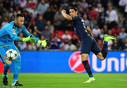 Hàng công vô duyên, PSG 'ngậm ngùi' chia điểm với Arsenal - ảnh 1