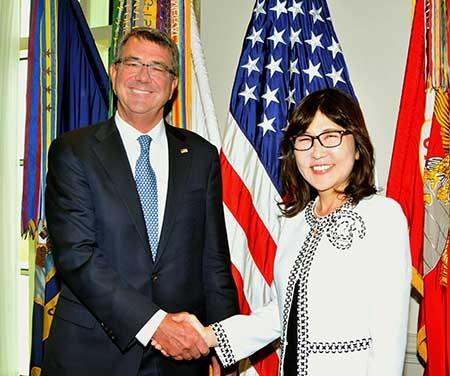 Mỹ ủng hộ Nhật hoạt động ở biển Đông - ảnh 1