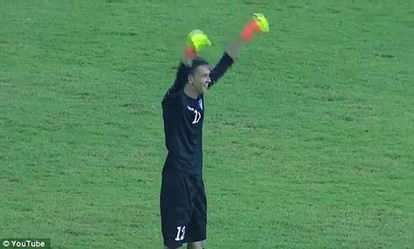 Bàn thua không thể tin nổi của thủ môn Triều Tiên - ảnh 6