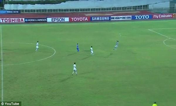 Bàn thua không thể tin nổi của thủ môn Triều Tiên - ảnh 1