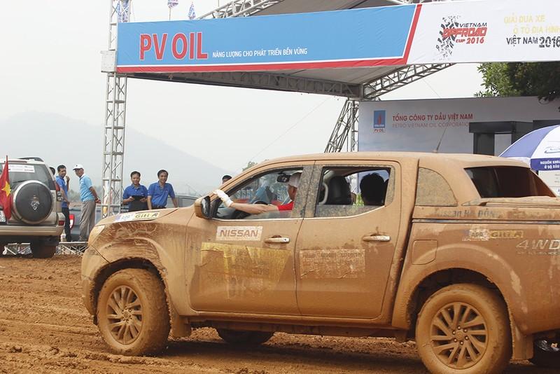 Đã mắt với Giải đua xe ô tô địa hình Việt Nam 2016 - ảnh 5