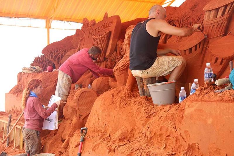 Khởi động công viên tượng cát Forgotten Land - ảnh 1