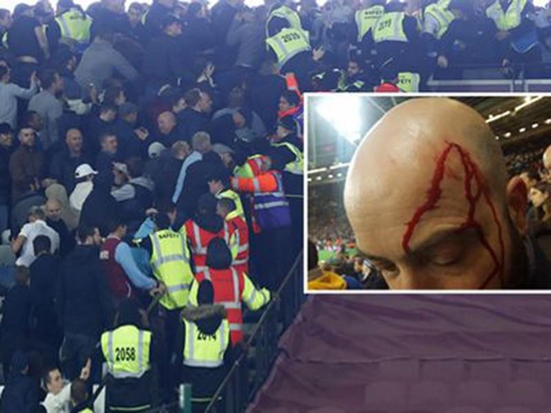 CĐV Chelsea và West Ham ẩu đả ngay trên sân - ảnh 1