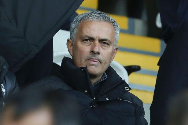 Mourinho cần bán 8 cầu thủ để tái thiết MU - ảnh 2