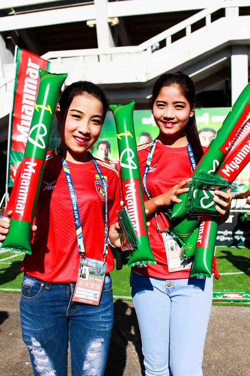 Hàng công tỏa sáng, Việt Nam thắng nghẹt thở Myanmar - ảnh 41