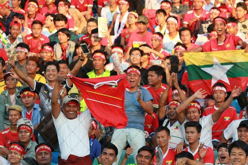 Hàng công tỏa sáng, Việt Nam thắng nghẹt thở Myanmar - ảnh 28