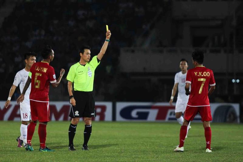 Hàng công tỏa sáng, Việt Nam thắng nghẹt thở Myanmar - ảnh 14