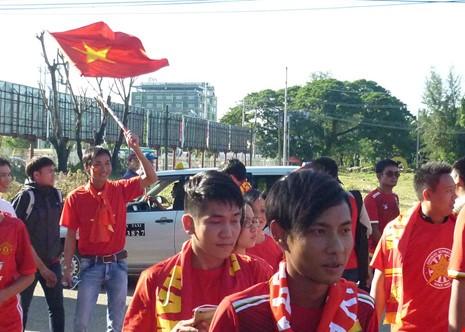 Hàng công tỏa sáng, Việt Nam thắng nghẹt thở Myanmar - ảnh 35