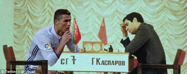 Ảnh chế Ronaldo mừng bàn thắng theo trào lưu đứng hình - ảnh 7