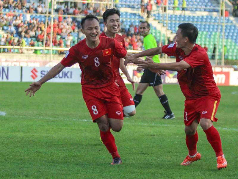 Việt Nam 1-0 Malaysia: Chiến thắng nhọc nhằn và quả cảm - ảnh 6
