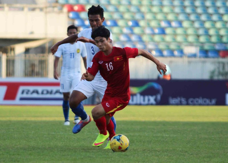 Việt Nam 1-0 Malaysia: Chiến thắng nhọc nhằn và quả cảm - ảnh 10