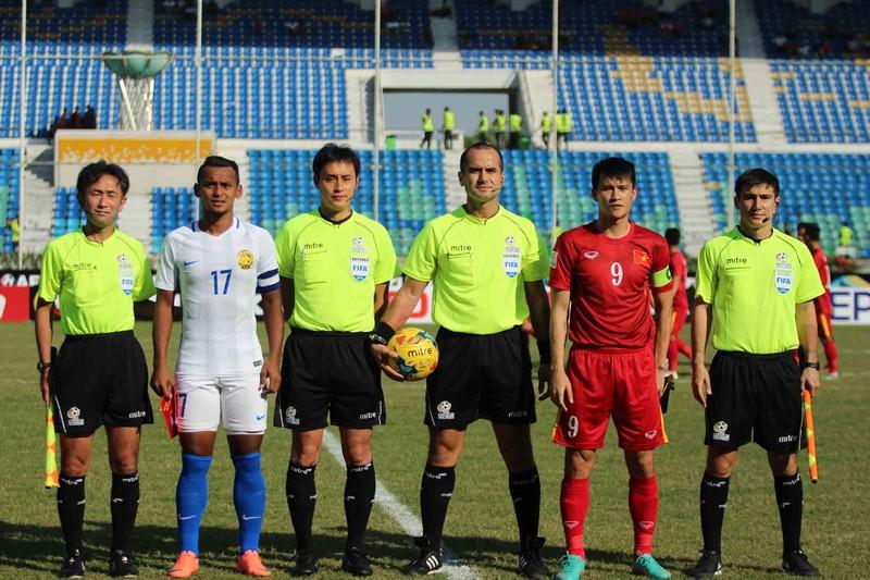 Việt Nam 1-0 Malaysia: Chiến thắng nhọc nhằn và quả cảm - ảnh 21