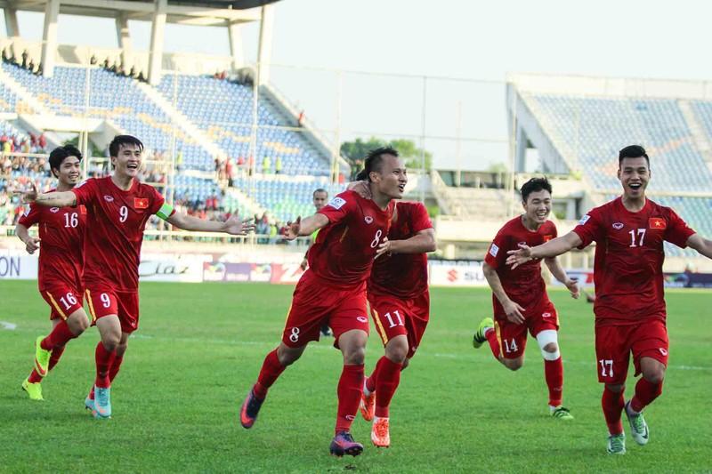Việt Nam 1-0 Malaysia: Chiến thắng nhọc nhằn và quả cảm - ảnh 7
