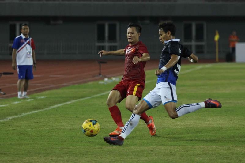 Việt Nam 2-1 Campuchia: Thắng mà không vui - ảnh 4