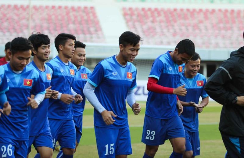 Việt Nam 2-1 Campuchia: Thắng mà không vui - ảnh 33