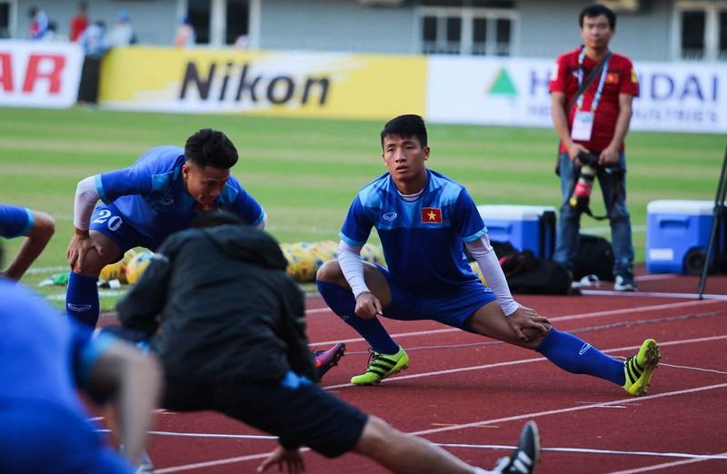 Việt Nam 2-1 Campuchia: Thắng mà không vui - ảnh 34