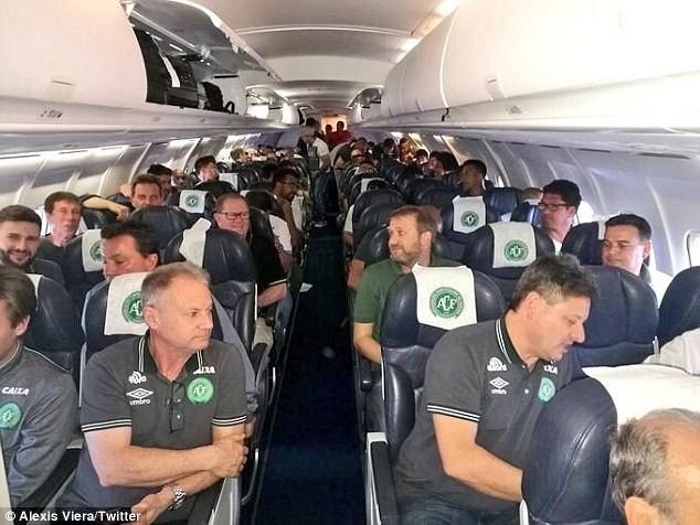Vụ máy bay chở một CLB bóng đá Brazil rơi: Bi kịch! - ảnh 6
