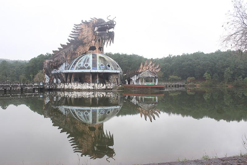 Chùm ảnh: Công viên nước 70 tỉ bỏ hoang từng lên báo Mỹ - ảnh 2