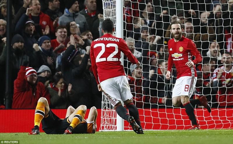 MU 2-0 Hull City: Đặt một chân vào chung kết - ảnh 4