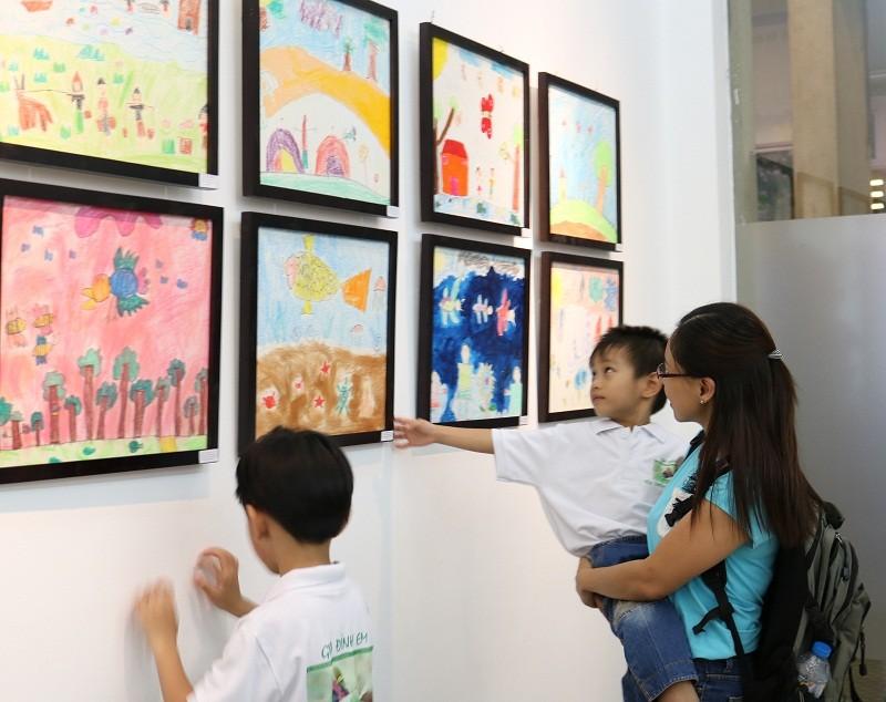 Buổi triển lãm 'lạ' gây quỹ bảo vệ động vật hoang dã - ảnh 5
