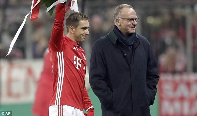 Bayern Munich sốc với kế hoạch bất ngờ của Philipp Lahm - ảnh 1