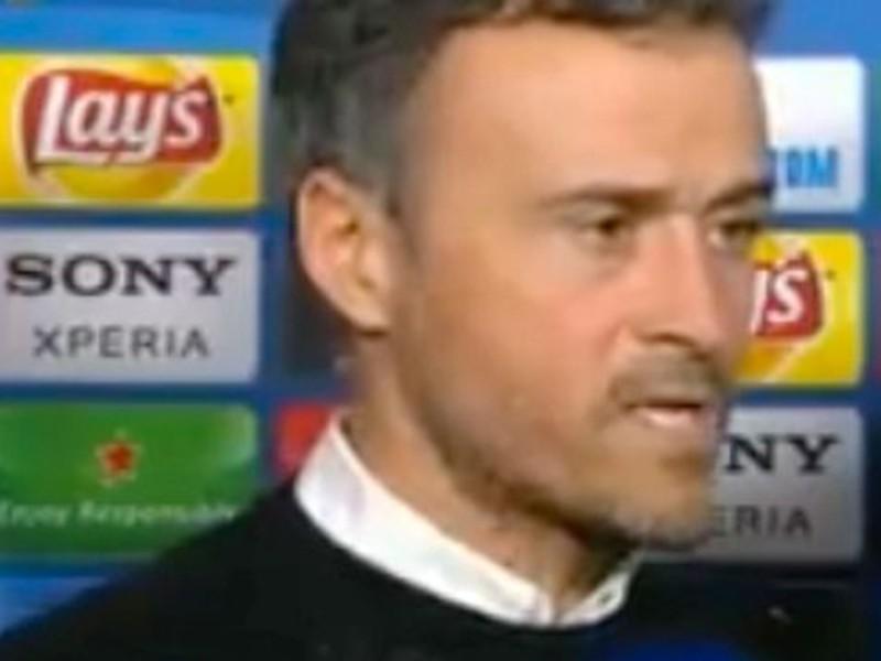 Barca thảm bại, HLV Enrique trút giận lên phóng viên - ảnh 1