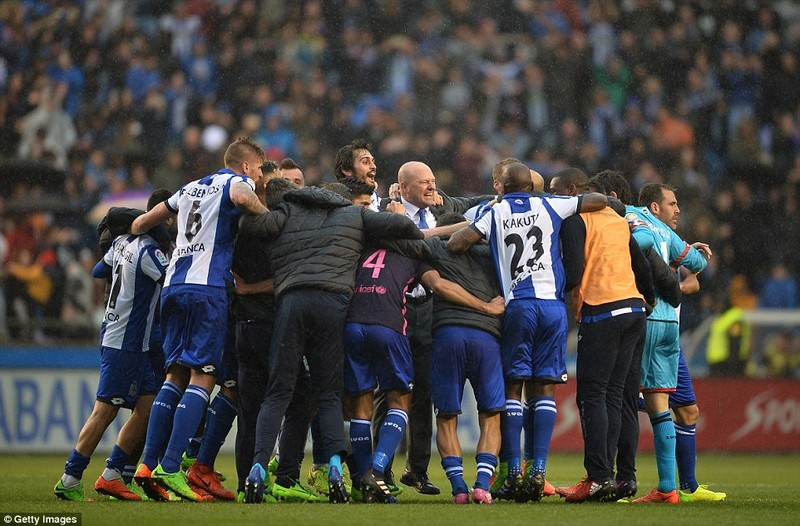 Barcelona thua sốc: Sau tưng bừng là thảm họa - ảnh 8
