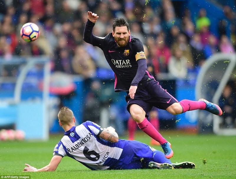 Barcelona thua sốc: Sau tưng bừng là thảm họa - ảnh 2