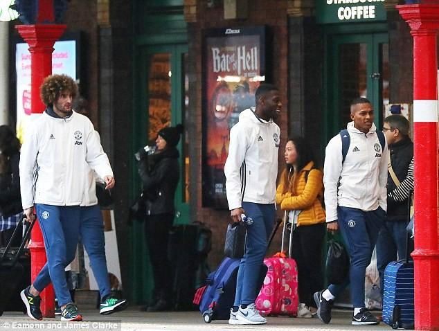 """Sốc: """"Đấu"""" với Chelsea, MU mất sạch hàng tiền đạo - ảnh 11"""