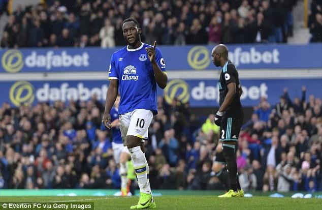 MU, Chelsea cùng ra giá 'khủng' mua Lukaku: Trớ trêu! - ảnh 1