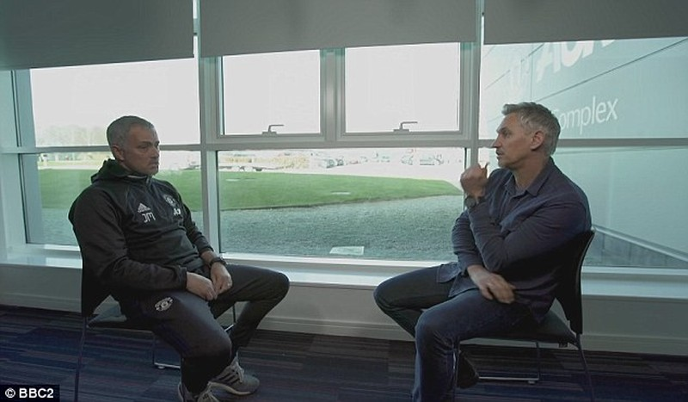 Mourinho chỉ trích Van Gaal sai lầm trong chuyển nhượng - ảnh 3