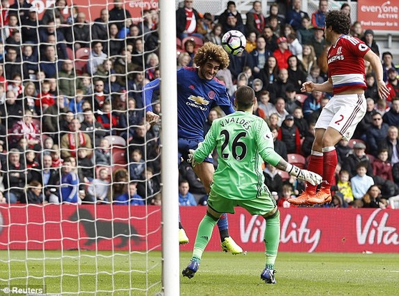 Thắng Middlesbrough, MU vượt mặt Arsenal - ảnh 1