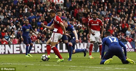 Thắng Middlesbrough, MU vượt mặt Arsenal - ảnh 3