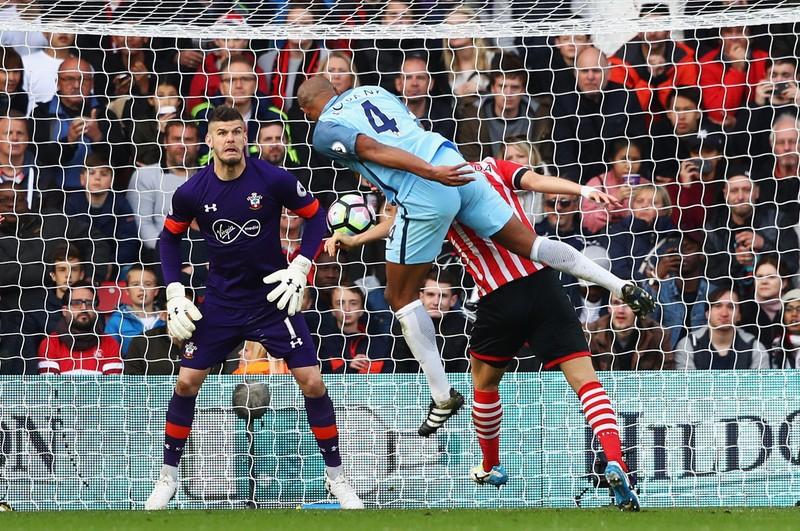Southampton 0-3 Man City: Hiệp 1 bế tắc, bùng nổ hiệp 2 - ảnh 2