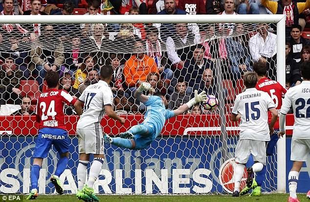 Isco rực sáng, Real Madrid ngược dòng thắng phút 90 - ảnh 1