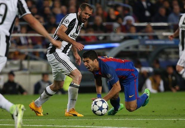 Juventus loại Barca bằng nghệ thuật phòng ngự Ý - ảnh 3