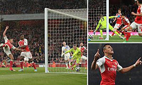 Arsenal thắng vẫn trắng tay - ảnh 1
