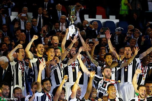 Hàng thủ Juventus đã hay còn ghi bàn giỏi - ảnh 3