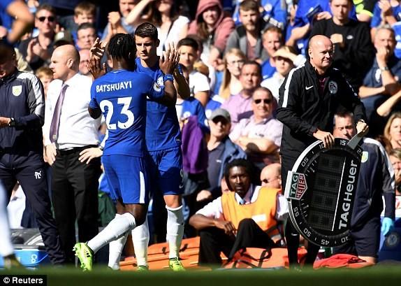 Nhận 2 thẻ đỏ, Chelsea thua sốc ngay trên sân nhà - ảnh 4