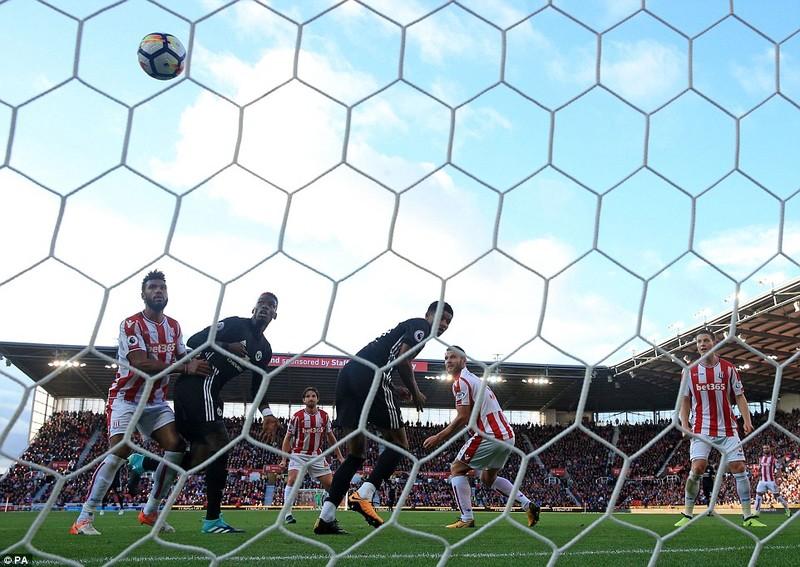 MU mất điểm vì Mourinho thay đổi công thức chiến thắng - ảnh 3