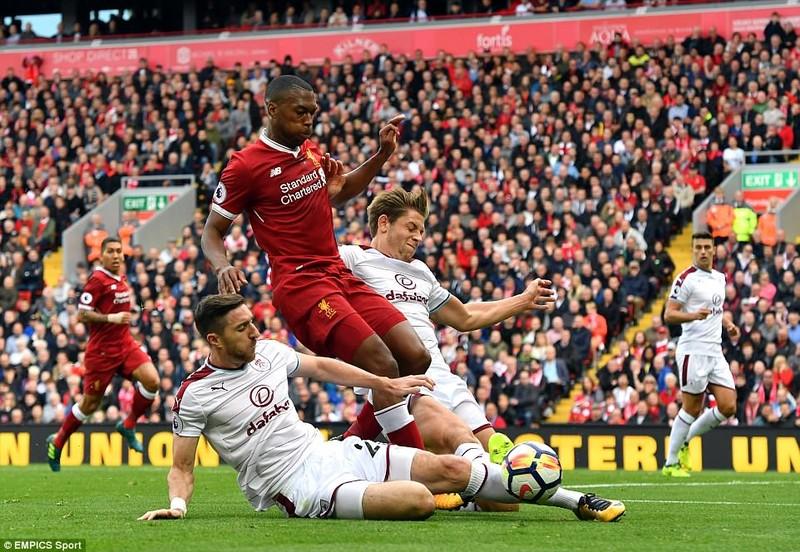 Man City 'chơi' tennis vượt mặt MU, Liverpool sẩy chân - ảnh 2
