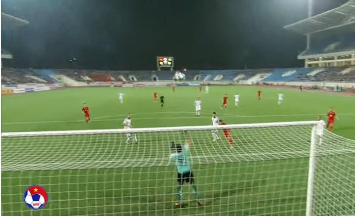Park Hang-seo ra mắt hú vía, VN có vé dự VCK Asian Cup - ảnh 4