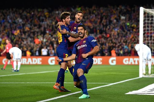 Ronaldo gọi, Messi trả lời, Barcelona, Real rượt đuổi tỉ số - ảnh 1