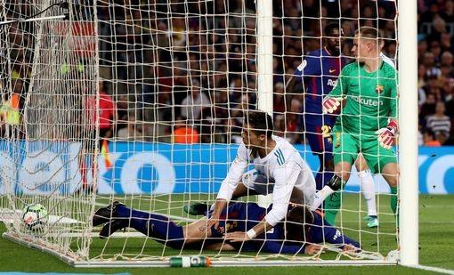 Ronaldo gọi, Messi trả lời, Barcelona, Real rượt đuổi tỉ số - ảnh 2