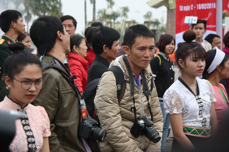 Chùm ảnh: Cảm nhận về nghề báo qua những hình ảnh chân thực  - ảnh 12