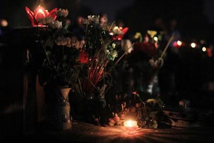 Thắp nến tri ân tưởng nhớ các anh hùng liệt sĩ nhân kỷ niệm 27-7 - ảnh 4