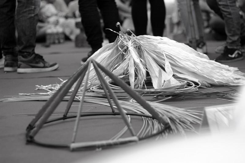 Những điều ít biết về nghề làm nón lá làng Chuông - ảnh 2