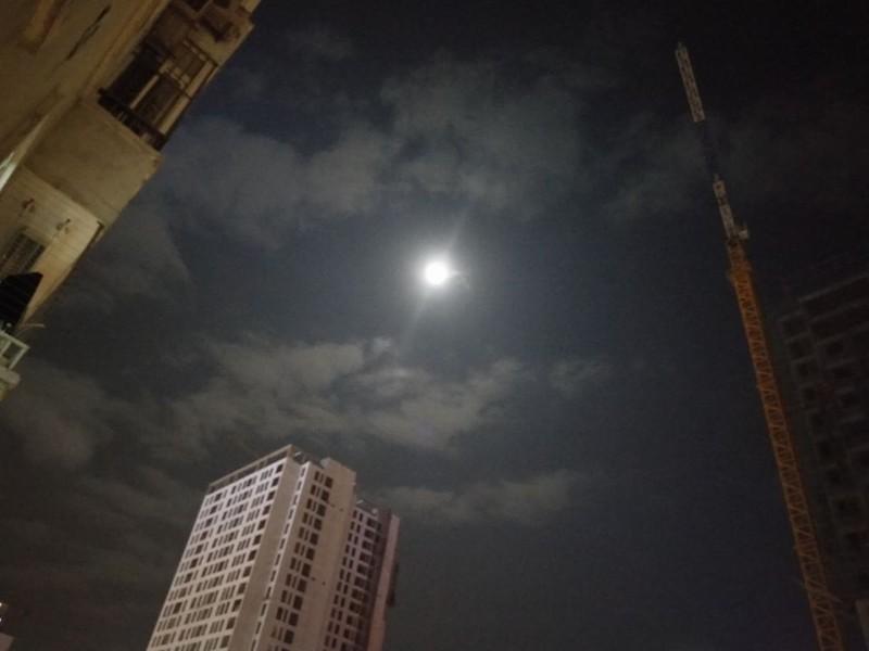 Hà Nội hứng thú ngắm siêu trăng - ảnh 12