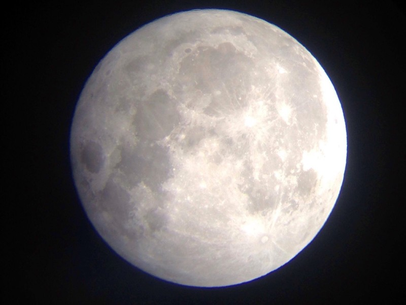 Hà Nội hứng thú ngắm siêu trăng - ảnh 11